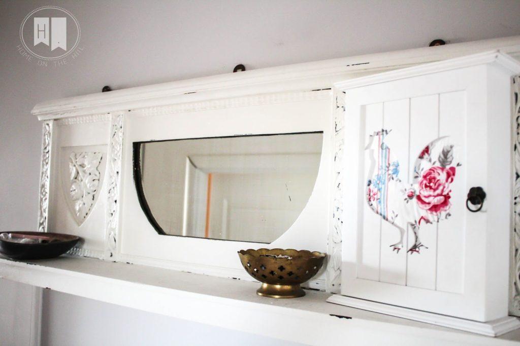 białą półka, pólka w stylu prowansalskim, własnoręcznie przerobiona półka