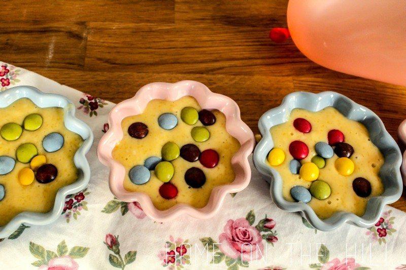 przepis na cukierkowe babeczki