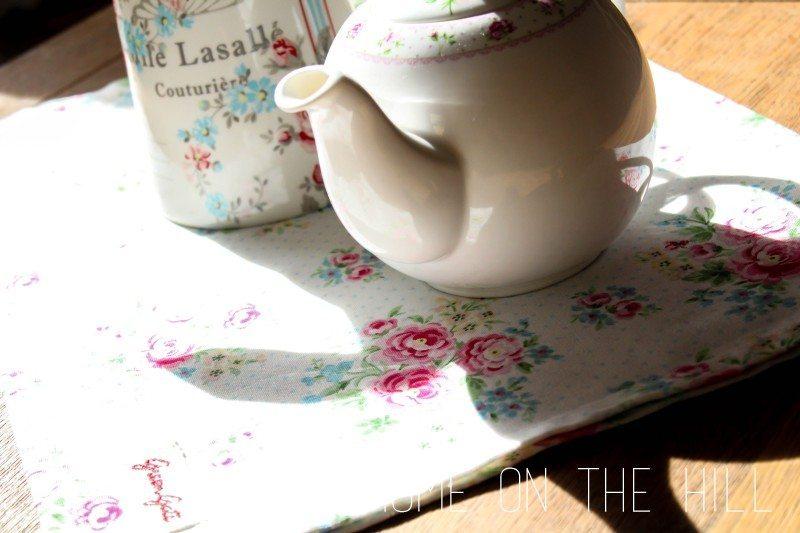 czajnik-w-kwiaty-1