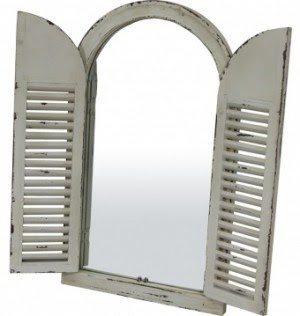 14747065_max_900_1200_dla-domu-do-garderoby-lustra-do-garderoby-biale-lustro-w-ksztalcie-okna-z-okiennicami-w-przecieranej-ramie-61x102