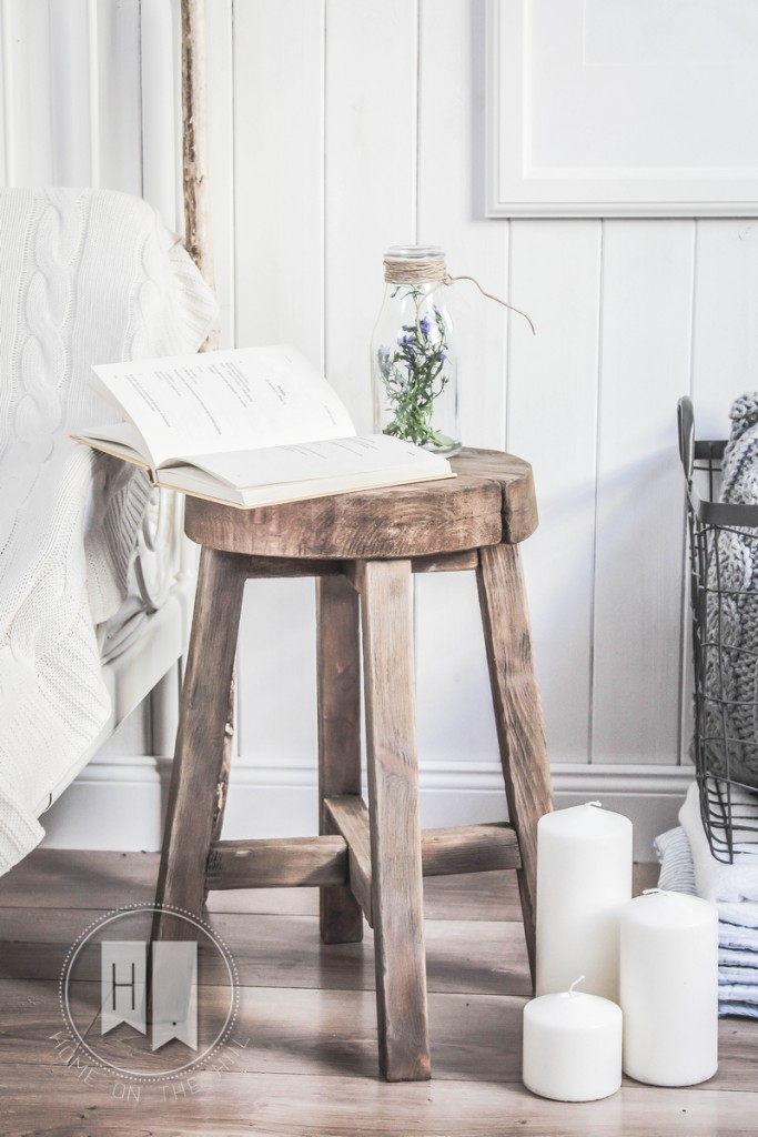 stołek w skandynawskim stylu
