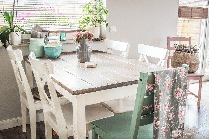 stylowa jadalnia, stół z desek
