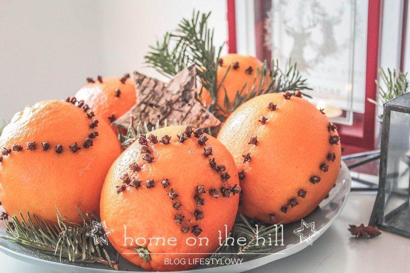 dekoracja z pomarańczy i goździków