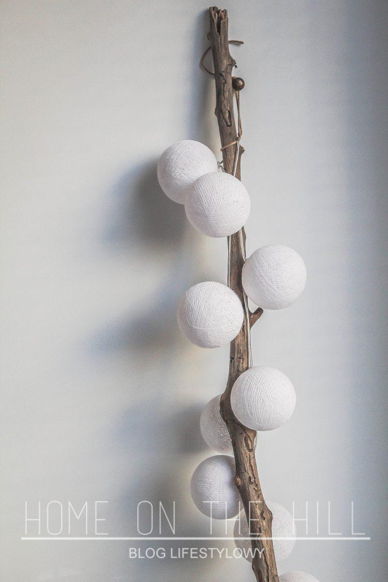 cotton-ball-białe