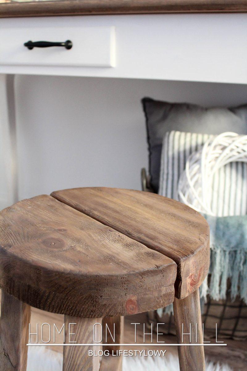 stołek-w-stylu-skandynawskim
