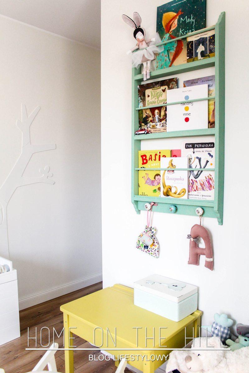 półka miętowa na książki
