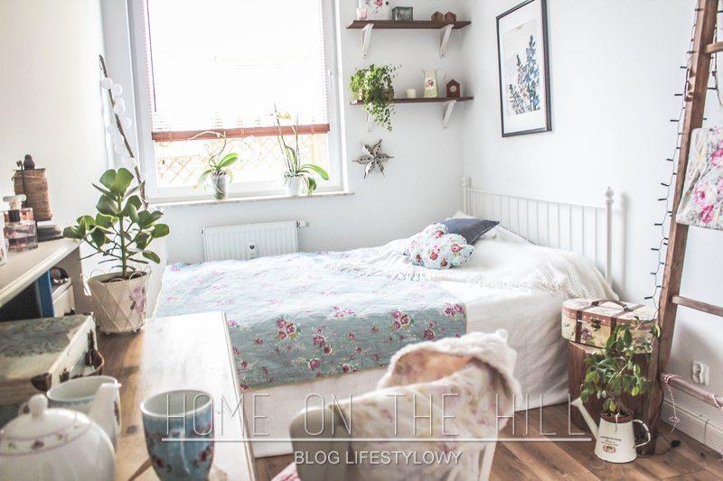 sypialnia-w-kwieciste