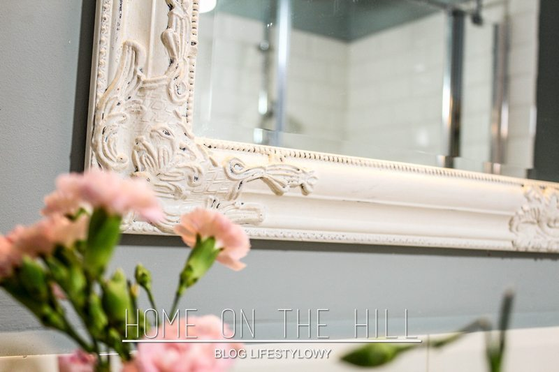 lustro retro białe