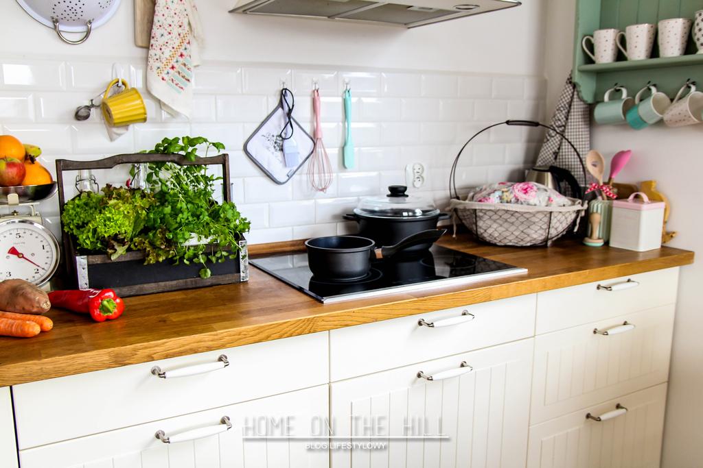 kuchnia-biała-skandynawska