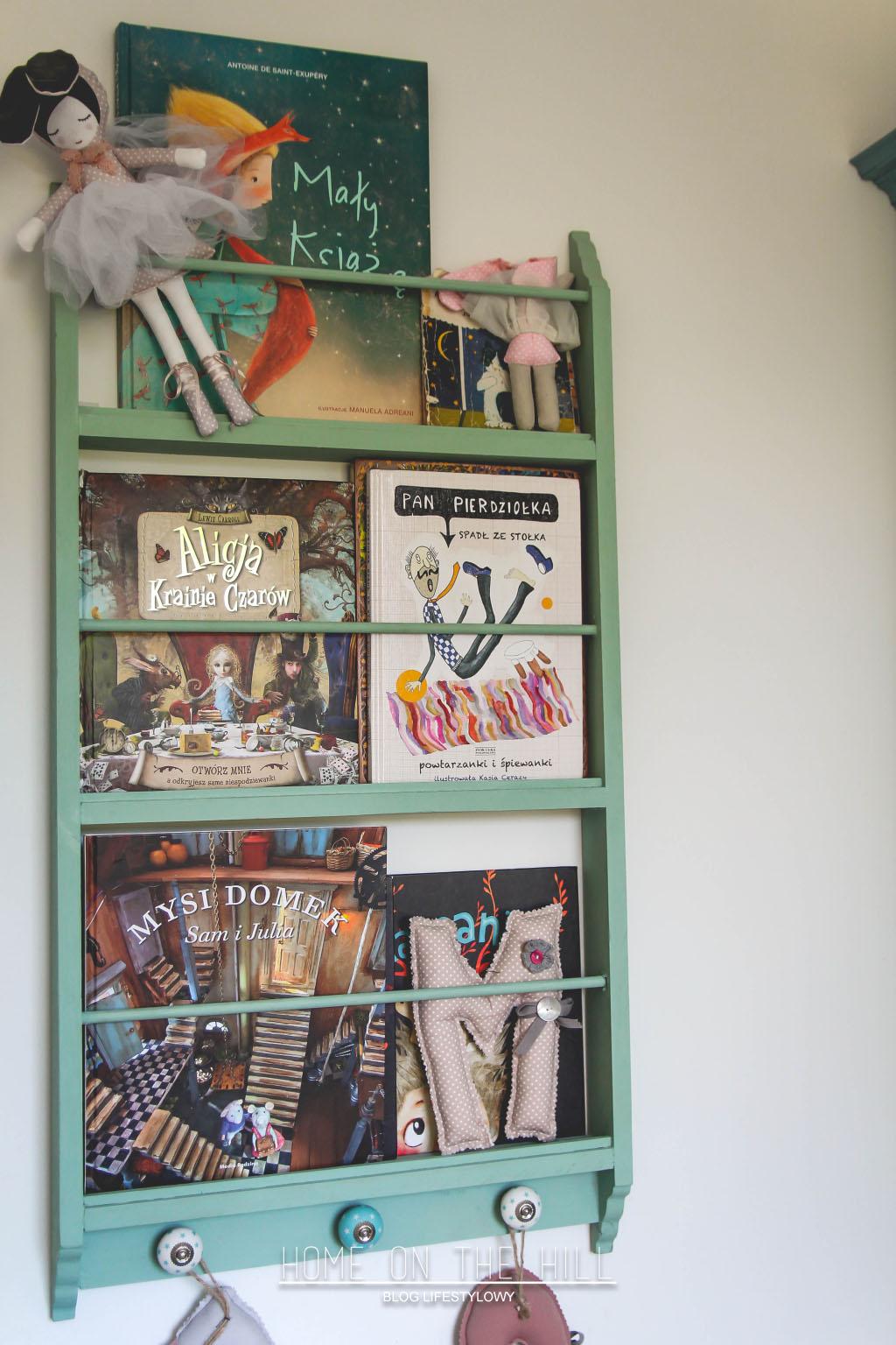półeczka-na-książki-dla-dzieci