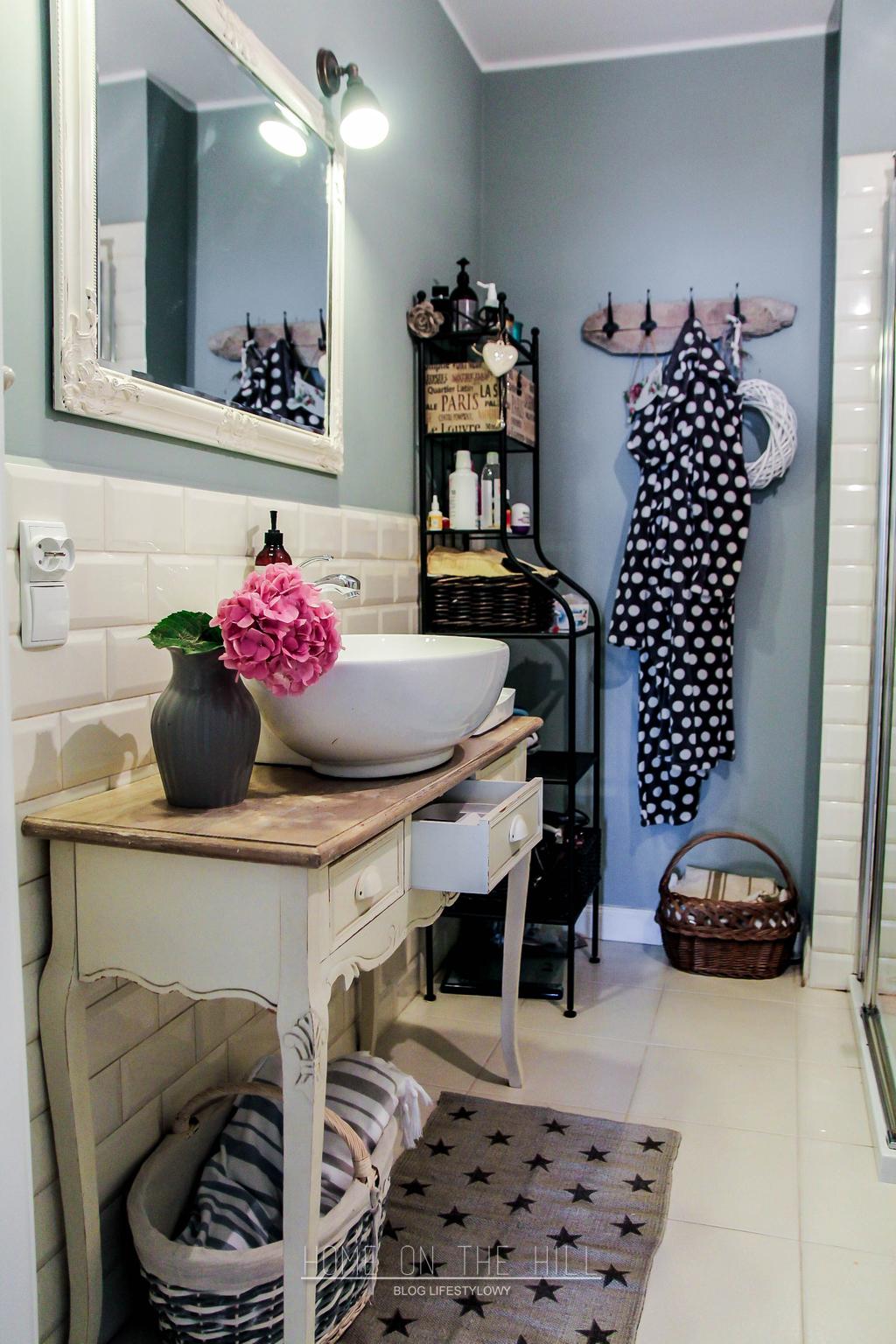 łazienka w prowansalskim stylu