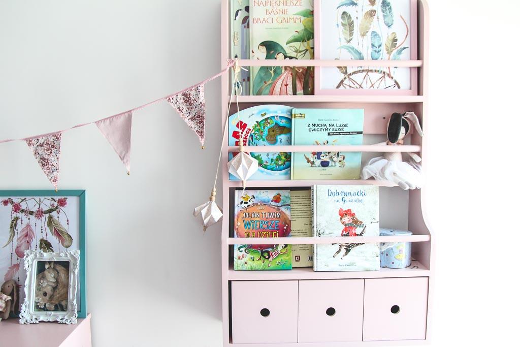 półka na książki dla dziecka