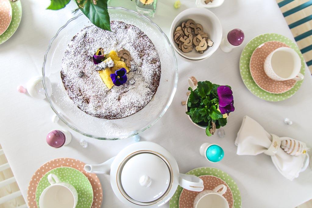Ciasto jogurtowe z ananasem i wiórkami kokosowymi - idealne na Wielkanoc!
