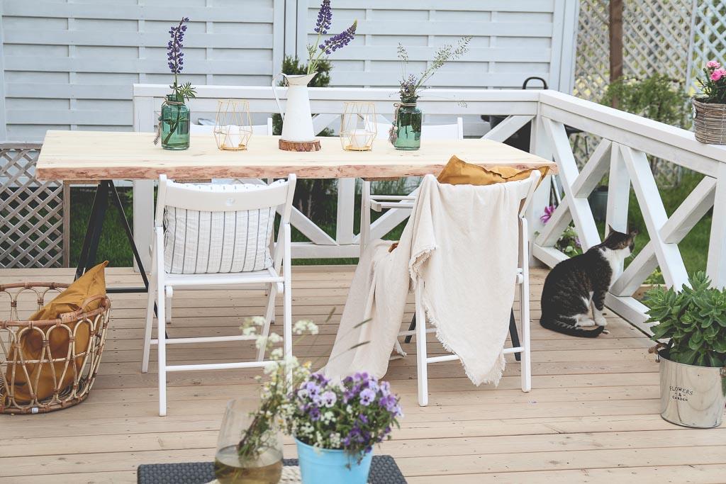 Stół do ogrodu DIY