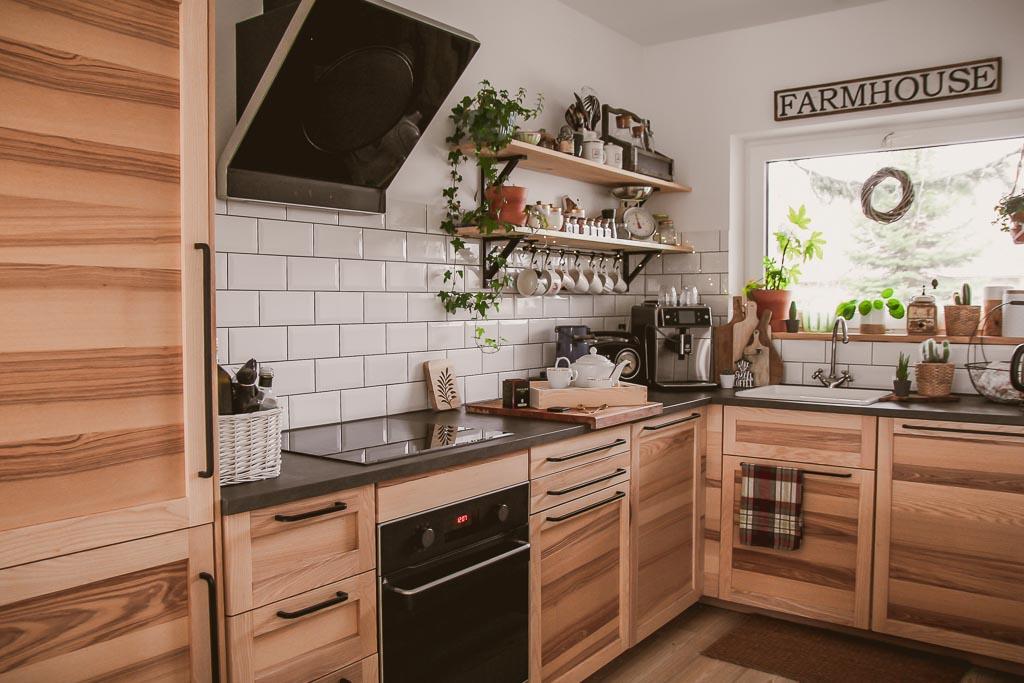 kuchnia w stylu farmhouse