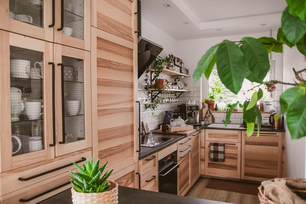 Otwarta kuchnia - jak sprytnie zaaranżować przestrzeń?