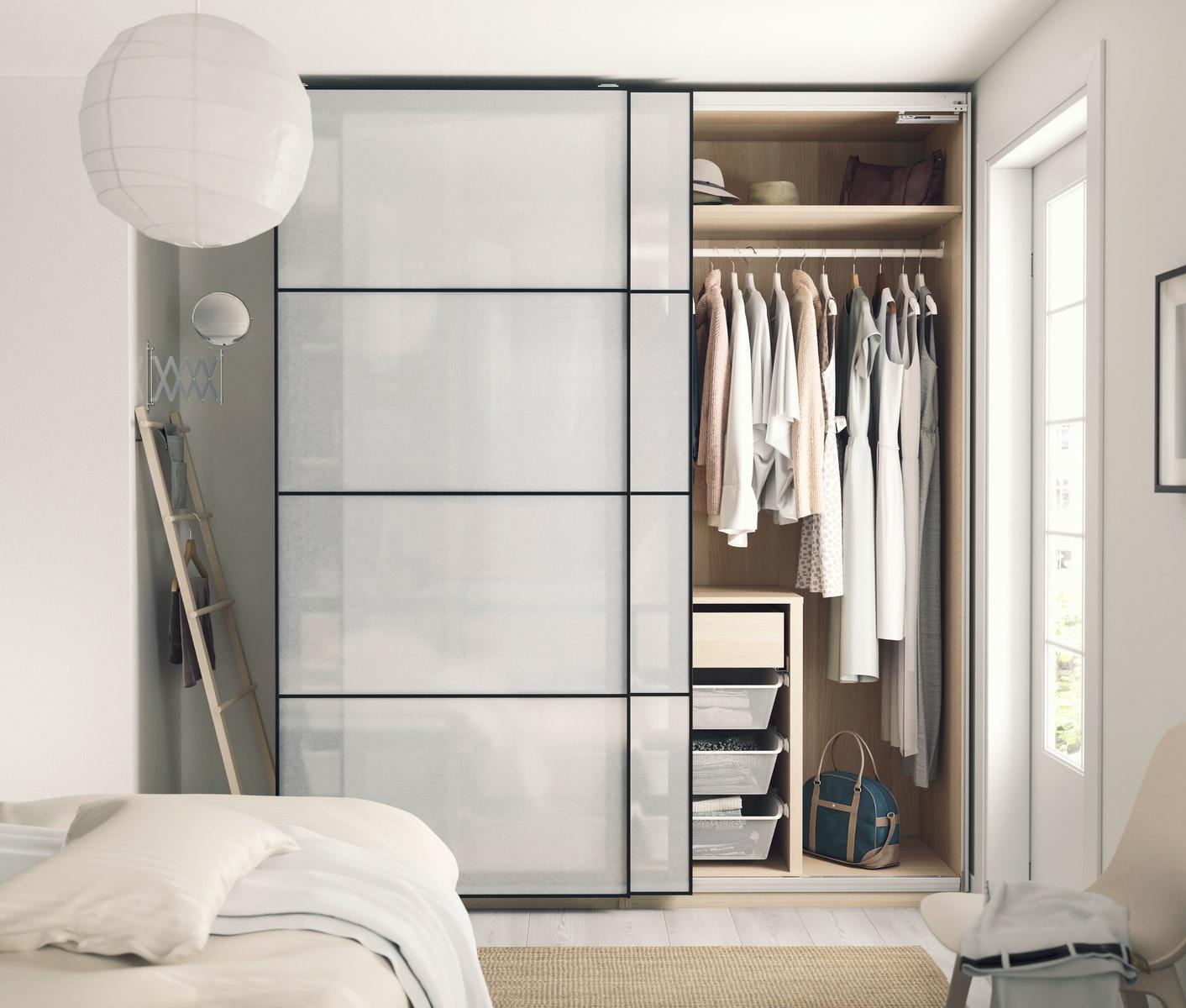 jak zaprojektować funkcjonalną szafę