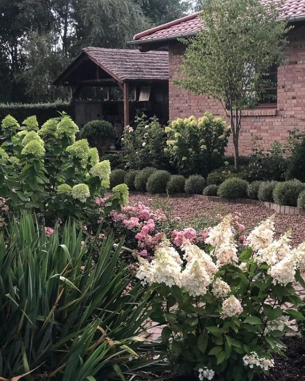 ogród w rustykalnym stylu