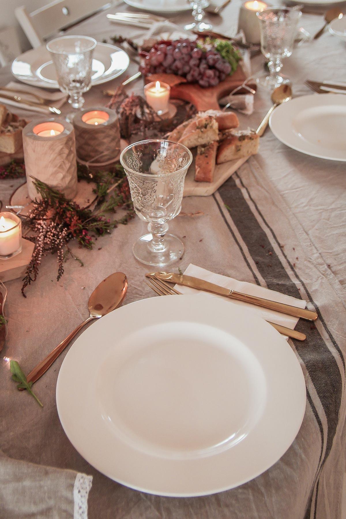 aranżacja stołu w stylu rustykalnym