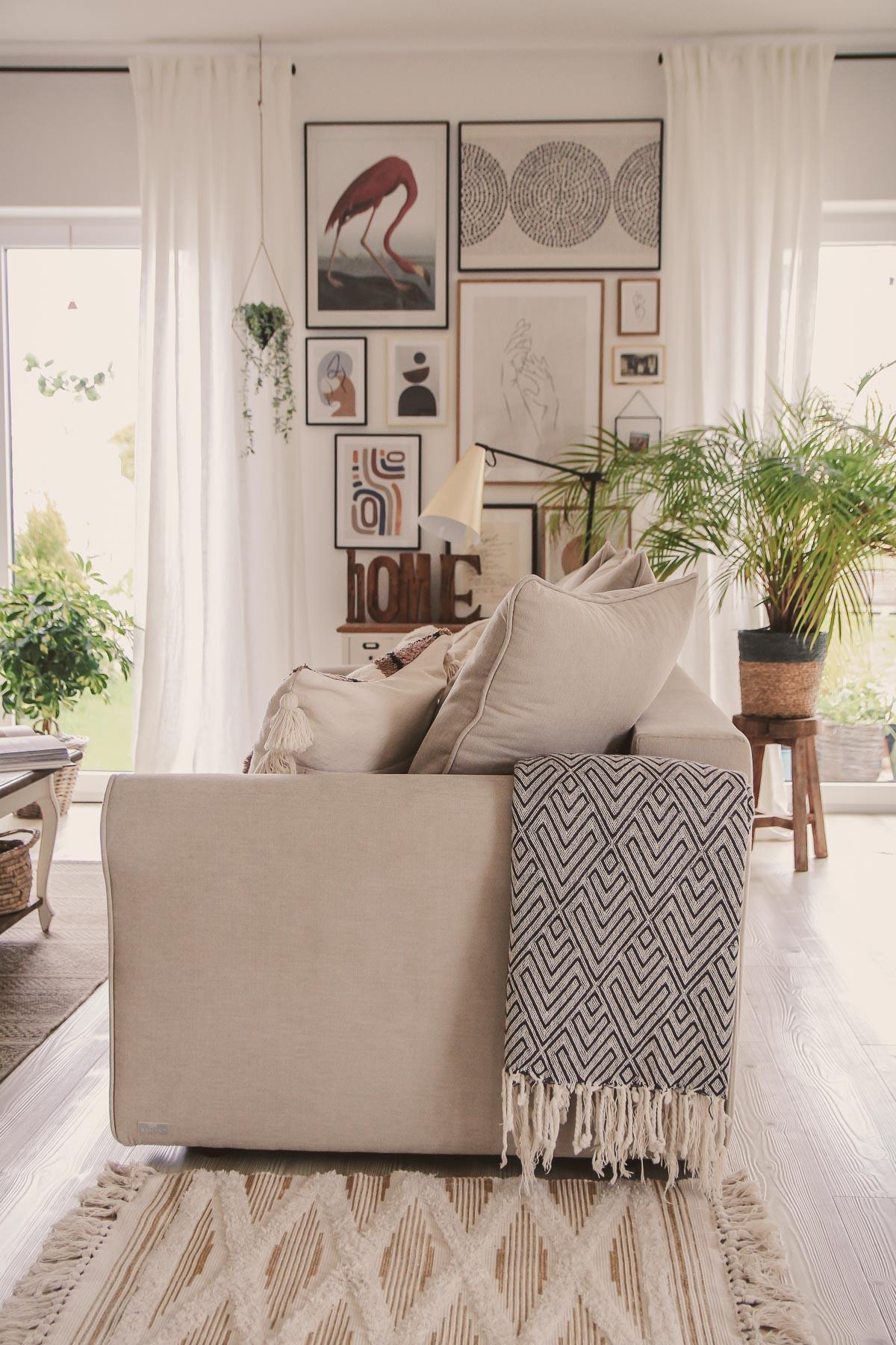 Sofa do salonu - na co warto zwrócić uwagę?